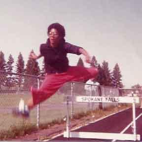 KarenLoomis hurdles 1978