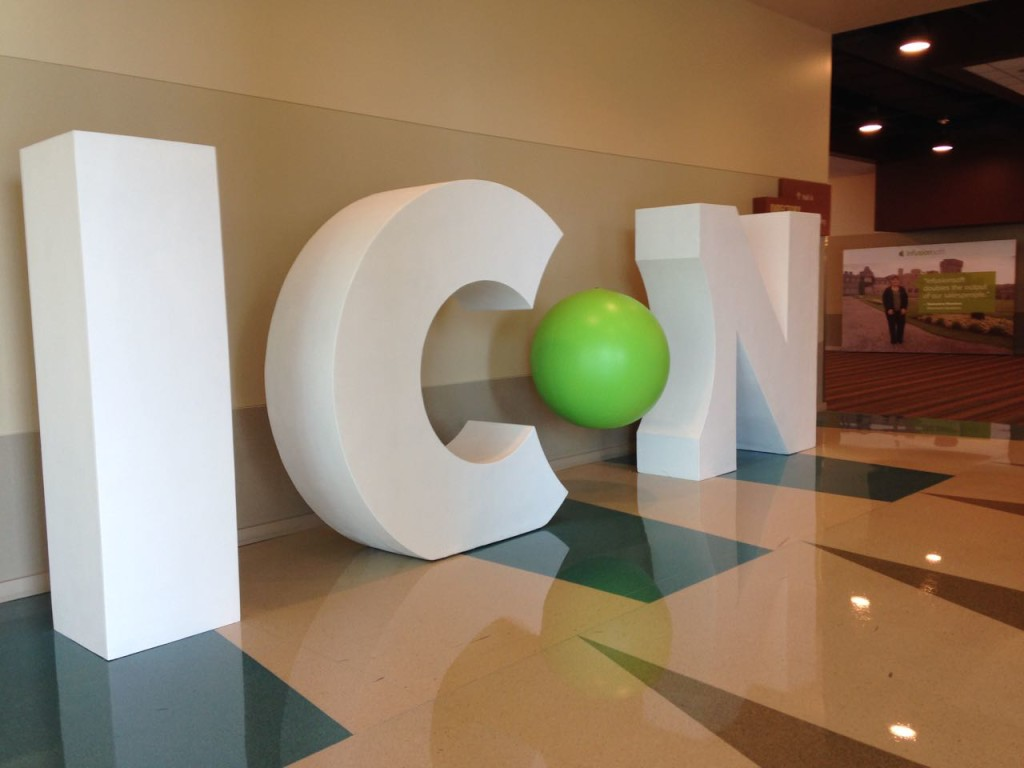 ICON 15 3-D Photo